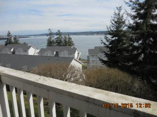 2261  Skyline Lane NW G201, Bremerton, WA 98312 (#773749) :: Home4investment Real Estate Team