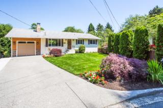 1402  153rd Place SE , Bellevue, WA 98007 (#795257) :: Exclusive Home Realty