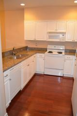 1800 NE 40th St  D203, Newcastle, WA 98056 (#702910) :: Home4investment Real Estate Team
