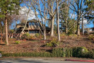 550  Lake St S , Kirkland, WA 98033 (#719921) :: Exclusive Home Realty