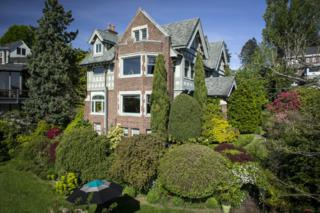 700 W Lee St  , Seattle, WA 98119 (#628616) :: Exclusive Home Realty
