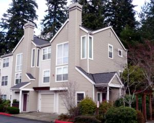 2964  142nd Place SE 2, Bellevue, WA 98007 (#725262) :: Exclusive Home Realty