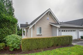 23120 SE Black Nugget Rd  B2, Issaquah, WA 98029 (#727132) :: Exclusive Home Realty