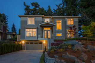 1210  111th Ave NE , Bellevue, WA 98004 (#771597) :: Costello & Costello Real Estate Group