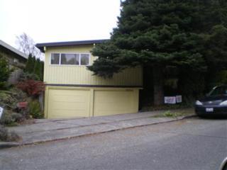 2135  Clise Place W , Seattle, WA 98199 (#714206) :: FreeWashingtonSearch.com