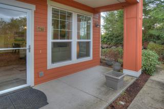 7715  Fairway Ave SE 102, Snoqualmie, WA 98065 (#764038) :: Exclusive Home Realty