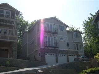 2190  140th Place SE , Bellevue, WA 98007 (#723290) :: Exclusive Home Realty