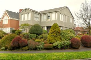 2473  Crestmont Place W , Seattle, WA 98199 (#731532) :: FreeWashingtonSearch.com
