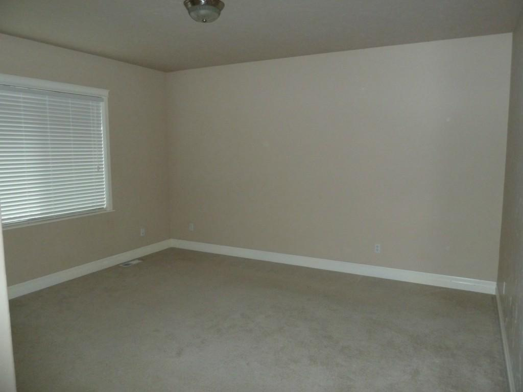 1122 36th Ave - Photo 12