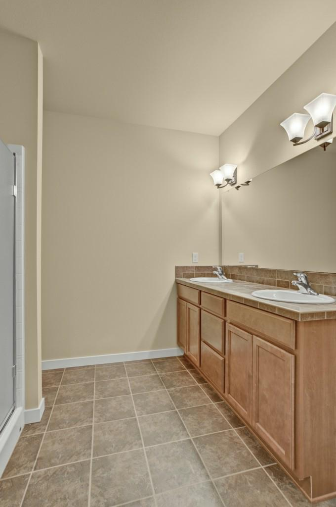 8830 80th Lane - Photo 5
