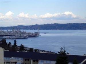 1735 W Sunn Fjord Lane  I-203, Bremerton, WA 98312 (#574849) :: Exclusive Home Realty