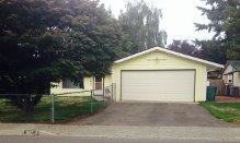 1617  Camas Ave NE , Renton, WA 98056 (#689826) :: Home4investment Real Estate Team