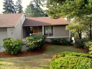 4643  154th Place SE , Bellevue, WA 98006 (#711076) :: Exclusive Home Realty