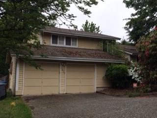 5629  135th Place SE , Bellevue, WA 98006 (#778545) :: Home4investment Real Estate Team