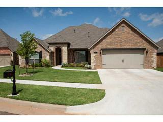15517  Wood Creek Ln  , Edmond, OK 73013 (MLS #552299) :: Re/Max Elite