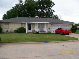 940 NW 28th St  , Moore, OK 73160 (MLS #562747) :: Re/Max Elite