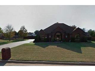 615 N Mockingbird Way  , Mustang, OK 73064 (MLS #565650) :: Movers Real Estate