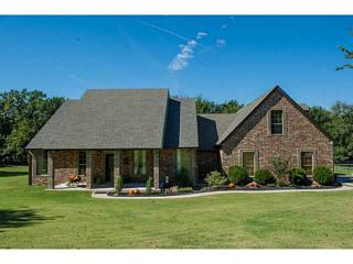 10611  Ridgeview Dr.  , Edmond, OK 73034 (MLS #567669) :: Movers Real Estate