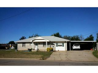 901 N Janeway Ave  , Moore, OK 73160 (MLS #568653) :: Re/Max Elite