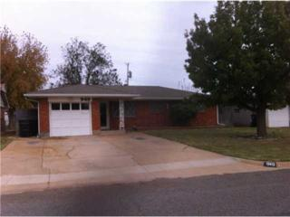 949 SW 3rd  , Moore, OK 73160 (MLS #570991) :: Re/Max Elite