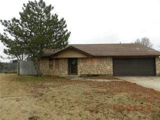 604 SW 26th St  , Moore, OK 73160 (MLS #574517) :: Re/Max Elite