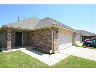 9703 SW 16th St  9703 9705, Oklahoma City, OK 73128 (MLS #586389) :: Re/Max Elite