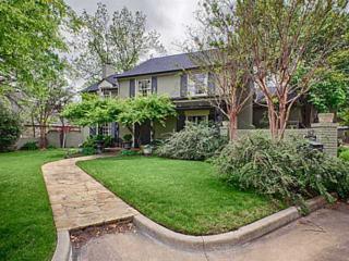 1608  Elmhurst Ave  , Nichols Hills, OK 73120 (MLS #585426) :: Re/Max Elite