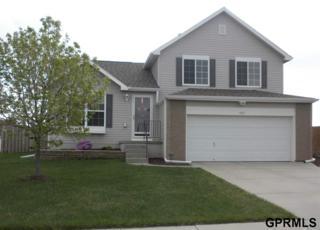 8125 S 161st  , Omaha, NE 68136 (MLS #21506902) :: Briley Homes - Berkshire Hathaway HomeServices Ambassador Real Estate