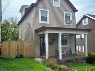 704  Scott Ave  , Jeannette, PA 15644 (MLS #1025573) :: Broadview Realty