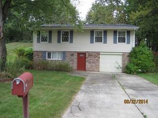 202  Bendix Drive  , Moon/Crescent Twp, PA 15108 (MLS #1031672) :: Keller Williams Pittsburgh