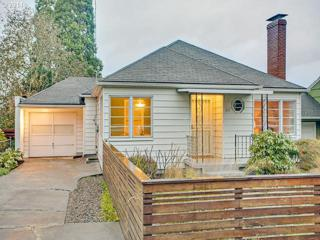 205 SE 62ND Ave  , Portland, OR 97215 (MLS #14163215) :: The placePortland Team