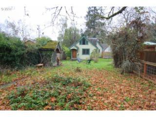 1747  Orchard Aly  , Eugene, OR 97403 (MLS #14197370) :: Stellar Realty Northwest