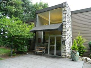1500 SW Skyline Blvd  13, Portland, OR 97221 (MLS #14208409) :: Stellar Realty Northwest