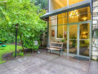 1500 SW Skyline Blvd  12, Portland, OR 97221 (MLS #14330729) :: Stellar Realty Northwest