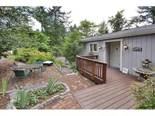 7340 SW 17TH Dr  , Portland, OR 97219 (MLS #14625217) :: Stellar Realty Northwest