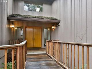 516 SW Colony Dr  , Portland, OR 97219 (MLS #15092569) :: Stellar Realty Northwest