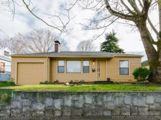 404 SE 85TH Ave  , Portland, OR 97216 (MLS #15388382) :: Stellar Realty Northwest