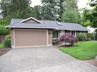 6525 SW Locust St  , Portland, OR 97223 (MLS #15642158) :: TLK Group Properties