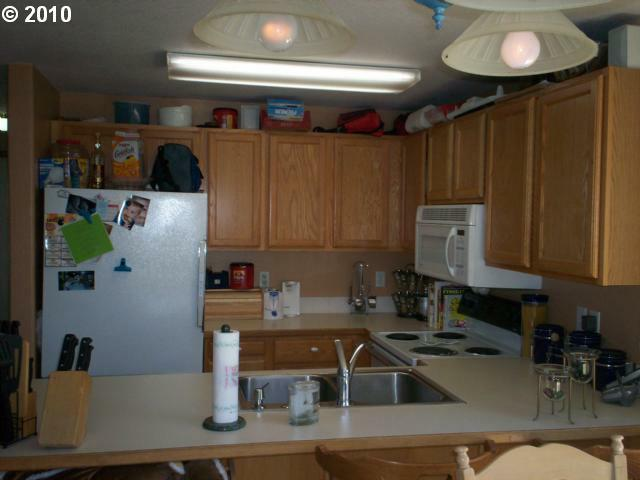 20689 Windflower Ave - Photo 2