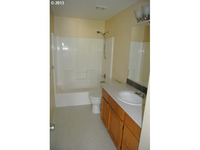 1201 11TH St - Photo 11