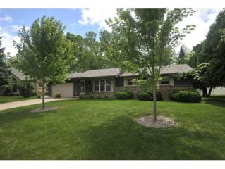 2737  Shade Tree Ln  , Green Bay, WI 54313 (#50103590) :: Dallaire Realty