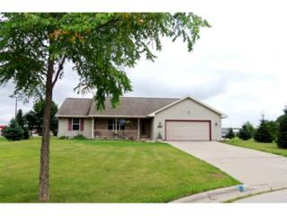 2411  Linnet St  , Green Bay, WI 54303 (#50106015) :: Todd Wiese Homeselling System, Inc.
