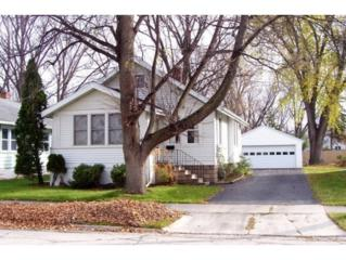 412  Northern Ave  , Green Bay, WI 54303 (#50110629) :: Todd Wiese Homeselling System, Inc.
