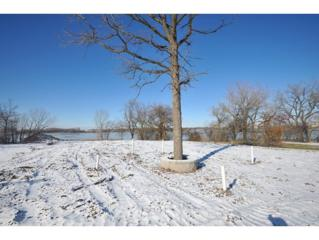 River Ln  , Green Bay, WI 54301 (#50110787) :: Dallaire Realty
