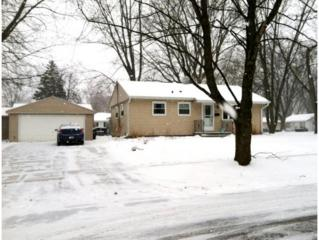 502  Clover Ln  , Green Bay, WI 54301 (#50113070) :: Todd Wiese Homeselling System, Inc.