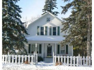 2534 S Webster Ave  , Green Bay, WI 54301 (#50113092) :: Dallaire Realty