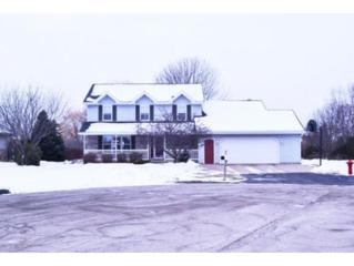 W2543  Pioneer Ct  , Appleton, WI 54915 (#50113167) :: Todd Wiese Homeselling System, Inc.