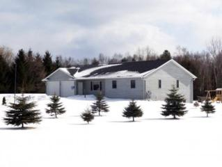 E4885  Church Rd  , Kewaunee, WI 54216 (#50114997) :: Todd Wiese Homeselling System, Inc.