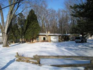 1209  Hobart Dr  , Green Bay, WI 54304 (#50115242) :: Todd Wiese Homeselling System, Inc.