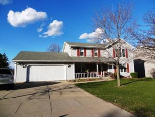 627  Broadview Dr  , Green Bay, WI 54301 (#50118994) :: Todd Wiese Homeselling System, Inc.